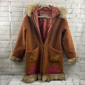 Vintage Genuine Inuvik fur trimmed 100% wool coat
